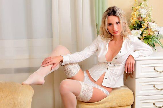 фото женской ноготы